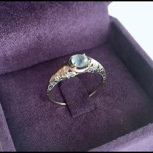 Antique 1940s Filigree Ring